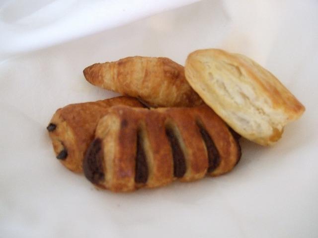 ルームサービス朝食パン