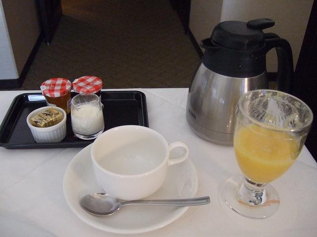 ルームサービス朝食ドリンク