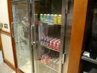 ソフトドリンク、ビール冷蔵庫