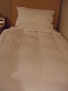 ベッド正面
