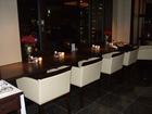 ラウンジ窓際テーブル