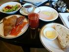 ラウンジ朝食